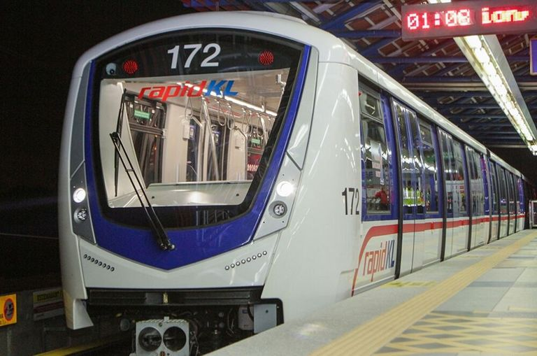 update-rapidkl-made-a-u-turn-you-will-have-to-maintain-social-distancing-on-trains