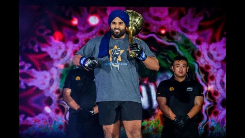 Arjan Bhullar Predicts Finish Of Heavyweight World Champ Brandon Vera