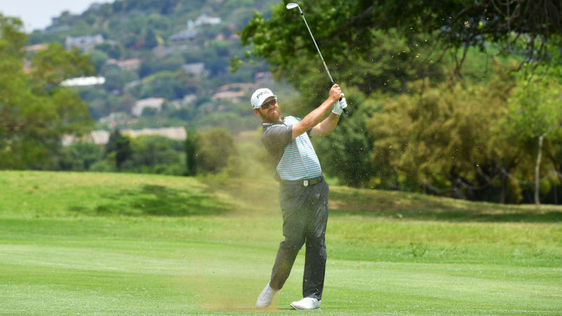 Home hope Oosthuizen shoots stunning 62 to lead South African Open
