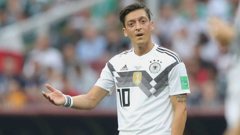 Erdogan backs Ozil over Germany stance