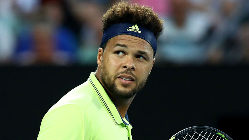 Tsonga back in business, Dzumhur dumped out in Moscow