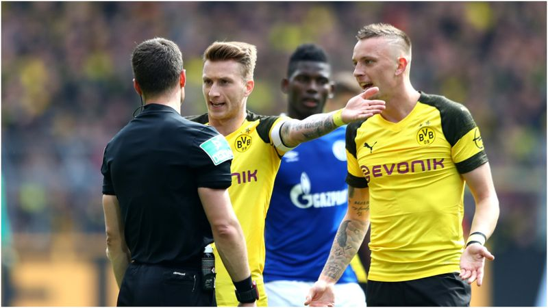 Reus to miss two games after Revierderby red card