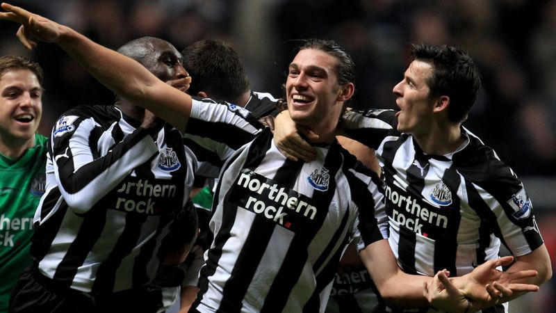Carroll returns to Newcastle United on one-year deal