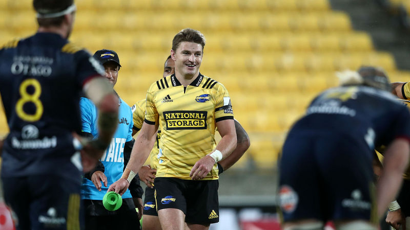 Hurricanes leave it late, Rebels rally to stun Brumbies