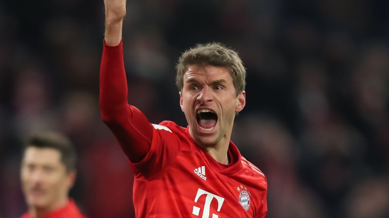 Muller extends Bayern stay to 2023