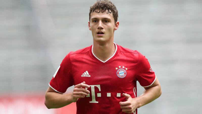 Pavard boost for Bayern Munich as defender resumes training