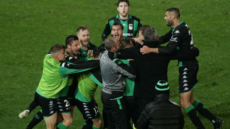 Western United 5-3 Western Sydney Wanderers: De Marigny's Finals hopes over
