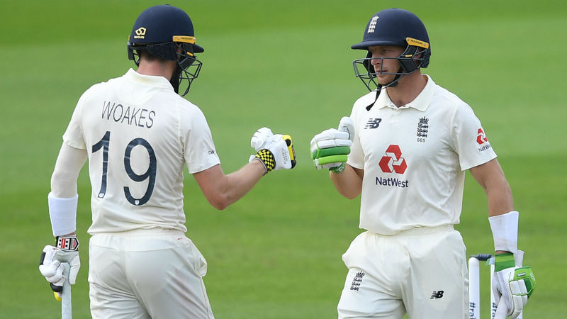 England win Old Trafford thriller as Buttler and Woakes repel Pakistan