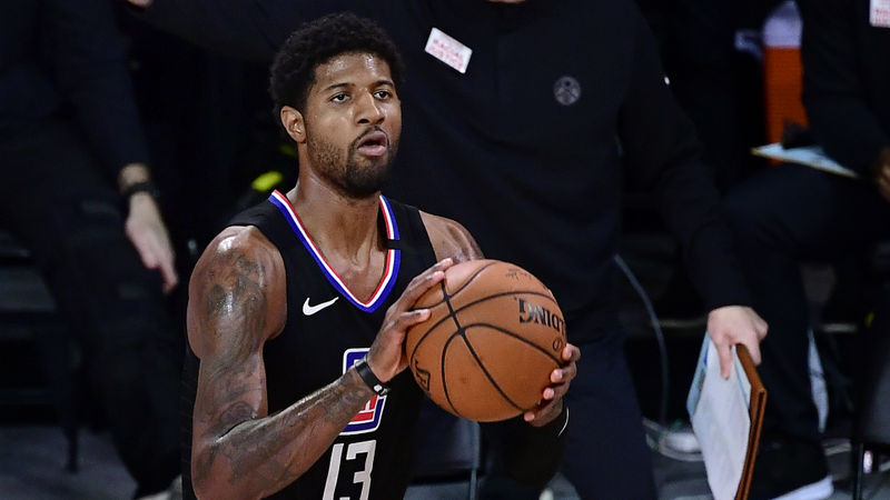 Clippers star Paul George signs contract extension