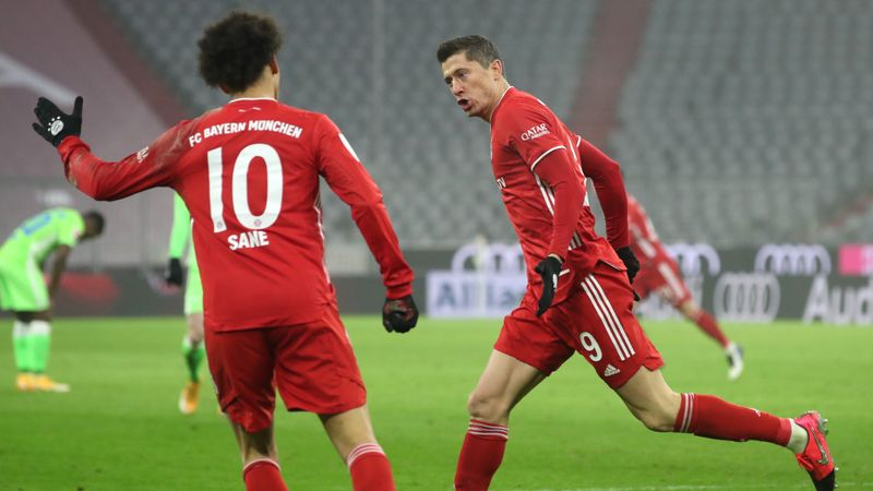 Lewandowski backed for FIFA Best award by Bayern boss Flick