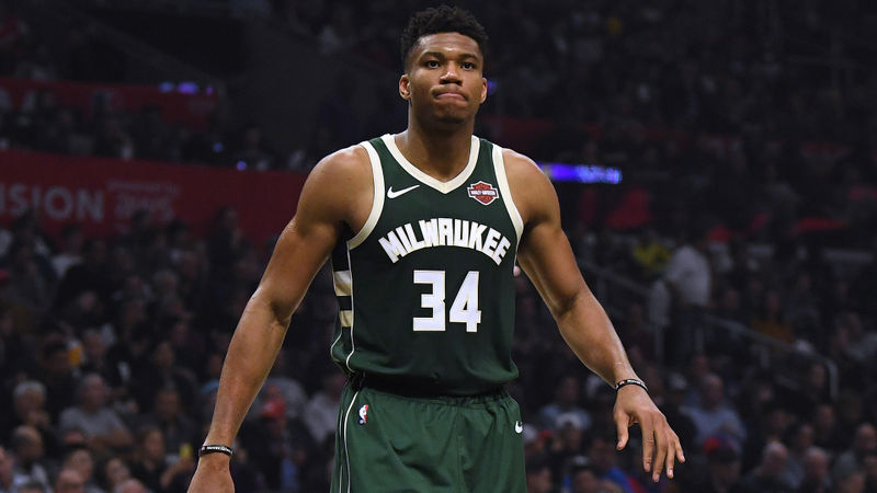 Bucks and LeBron's Lakers soar, 76ers end road skid