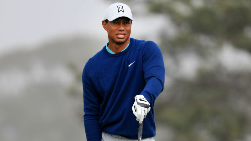 Tiger Woods on the charge as he closes in on leaders at Torrey Pines