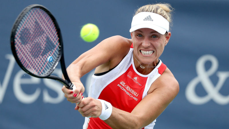 Misfiring Kerber returns to major-winning coach