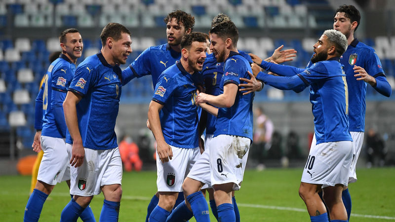 Italy 2-0 Poland: Jorginho and Berardi put dominant Azzurri on top