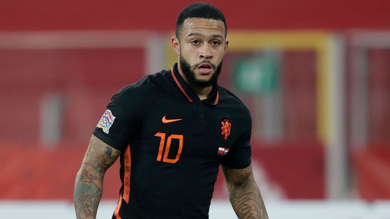 'Major talent' Depay can help Barca build for future – Seedorf