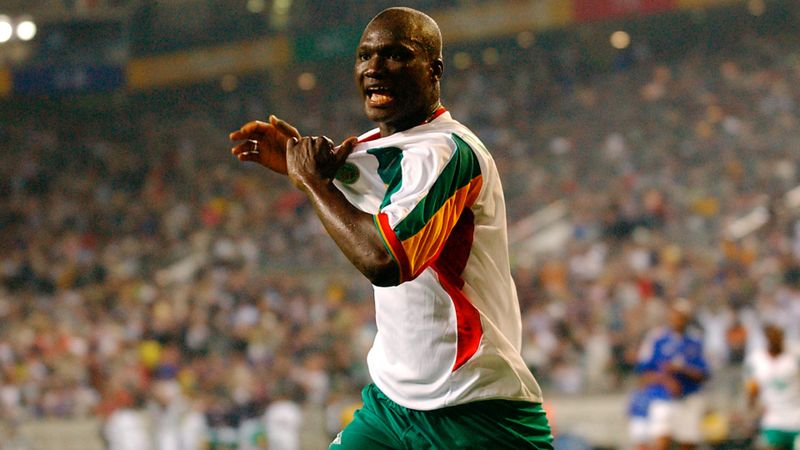 Former Senegal star Papa Bouba Diop dies at 42