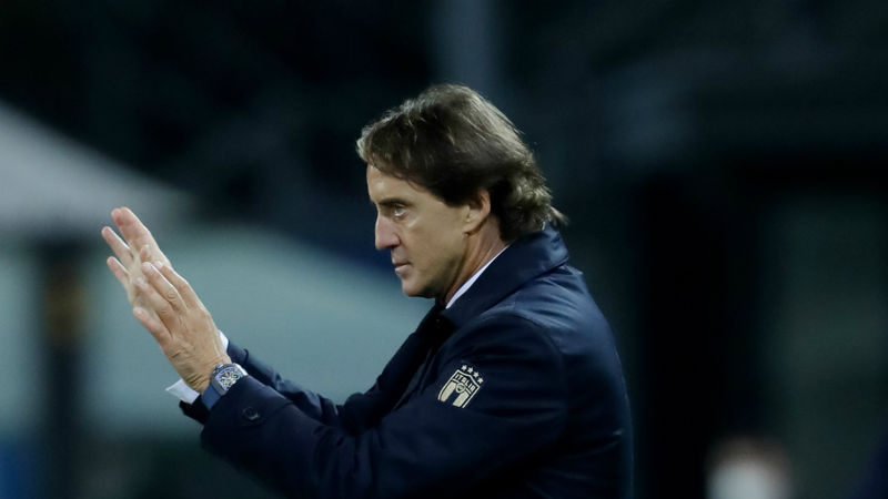 Italy boss Roberto Mancini tests positive for coronavirus