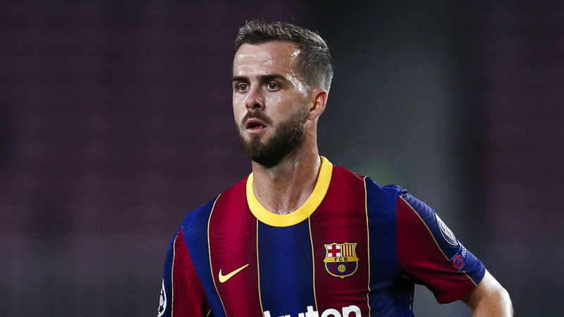 Barcelona midfielder Pjanic turned down France opportunity