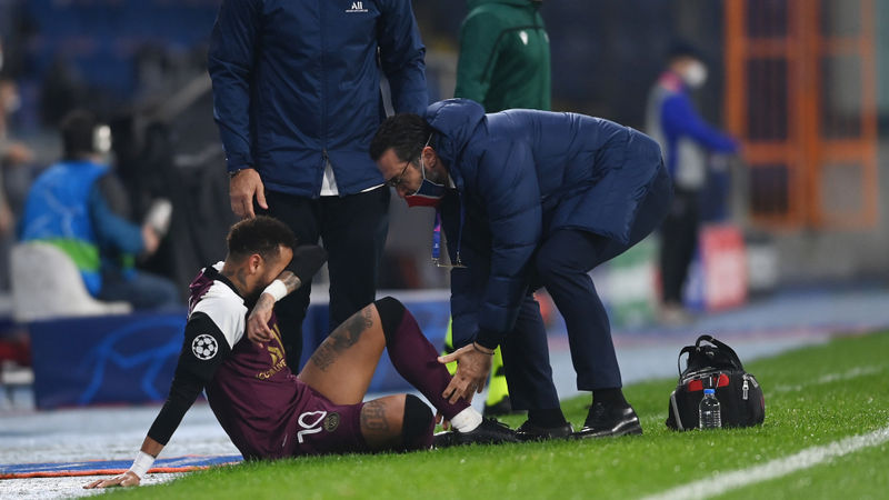 Neymar off injured in PSG clash with Istanbul Basaksehir