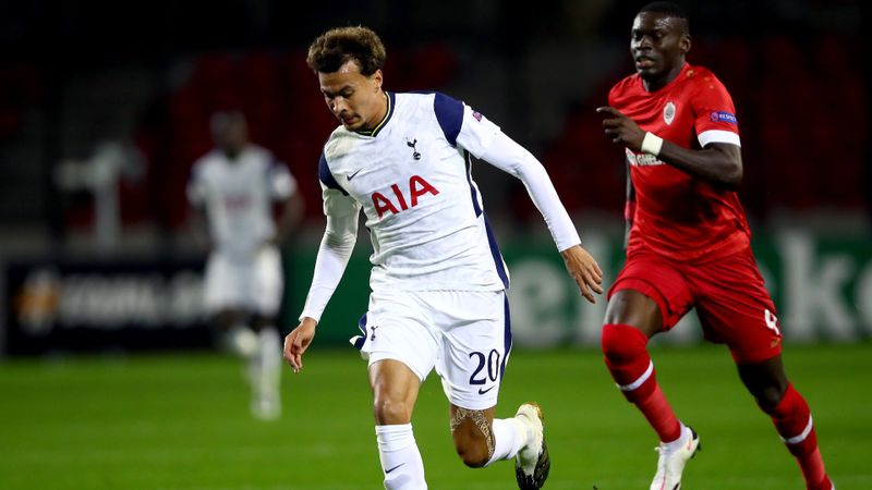 Alli hooked among four Tottenham half-time changes, Bale soon follows