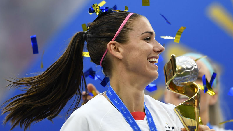 Tottenham pull off incredible coup with Alex Morgan deal
