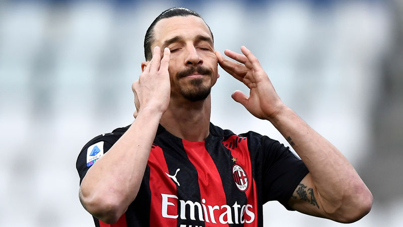 Ibrahimovic denies insulting referee as Pioli praises Milan character