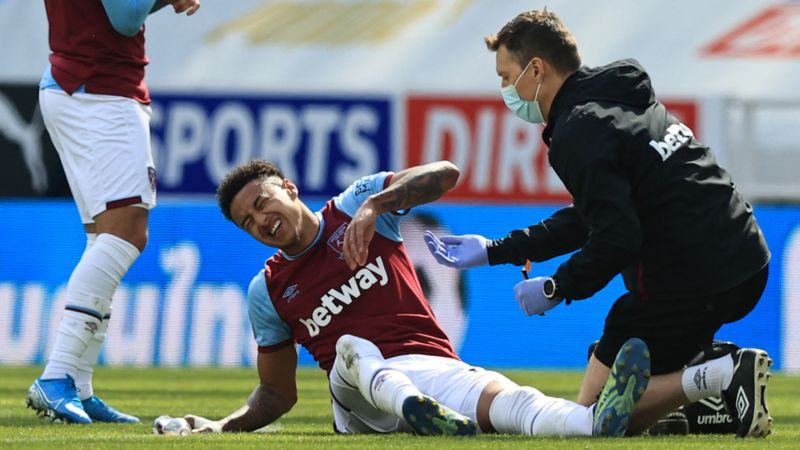 No England protection for Lingard despite knock in latest West Ham thriller