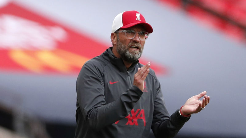 Klopp claims Liverpool are feeling the heat in top-four fight