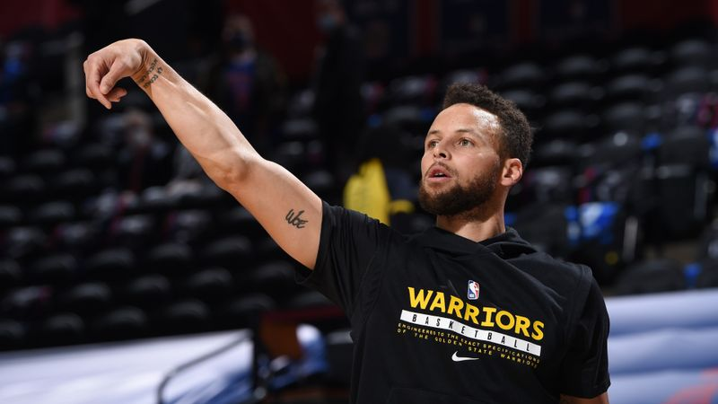 Curry going 'above and beyond' with 'mind-boggling' form – Warriors coach Kerr