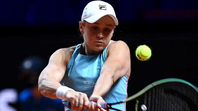 Barty and Halep through to Stuttgart Open semi-finals