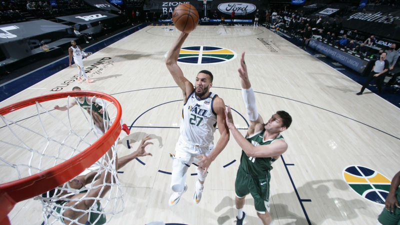 Jazz beat Bucks to improve to 21-5, Lakers win seventh straight