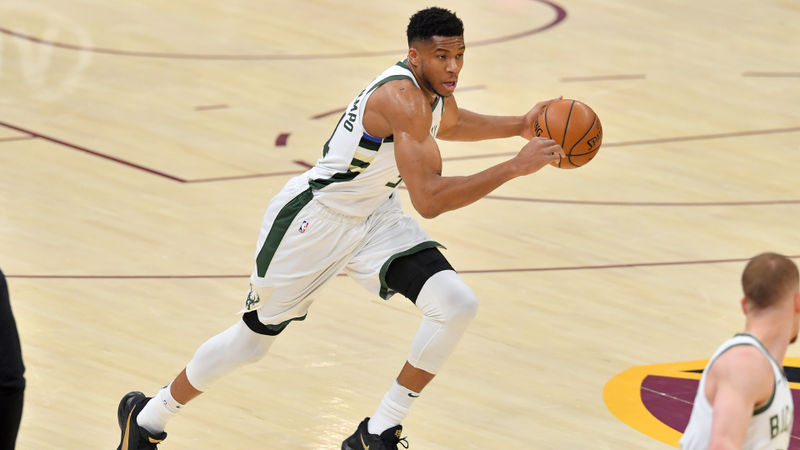 Giannis dominates as Bucks win third straight, Tatum leads Celtics past Clippers