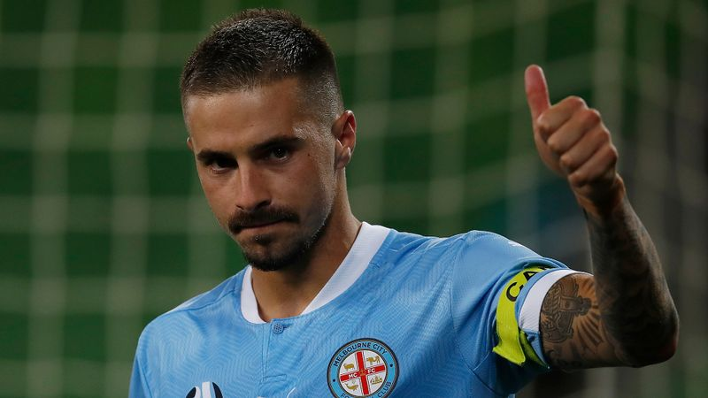 A-League: Maclaren seals Melbourne City comeback as Sydney FC are held