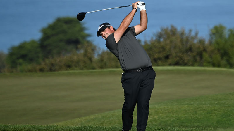 Reed shares lead with Ortiz amid controversy at Torrey Pines