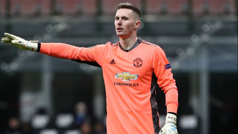 Man Utd boss Solskjaer praises Henderson after latest clean sheet in battle with De Gea