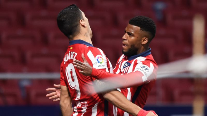 Atletico Madrid 1-0 Deportivo Alaves: Suarez's 500th goal decisive as Oblak saves late penalty