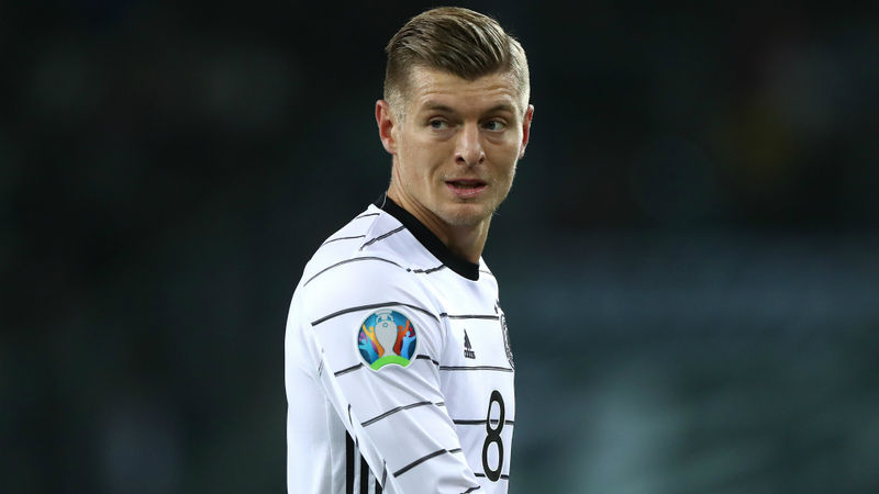Low unimpressed by Kroos retirement speculation