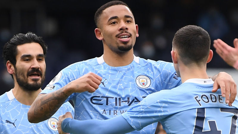 Jesus, De Bruyne start derby for City as Solskjaer goes with James