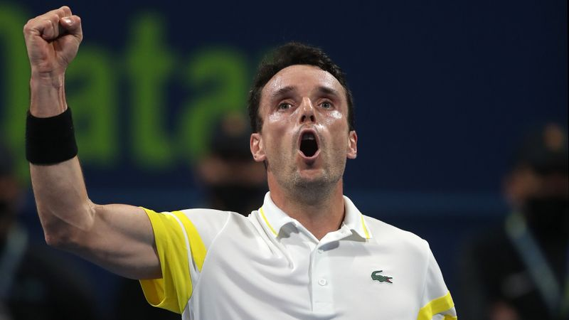 Bautista Agut battles back in Qatar