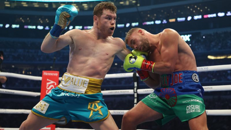 Saunders to undergo surgery on 'multiple fractures' after Canelo defeat