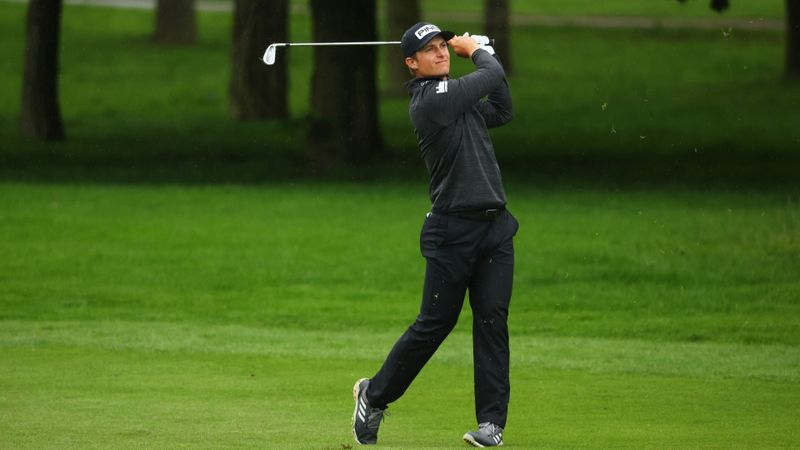 Hill, MacIntyre and Bland share lead at The Belfry