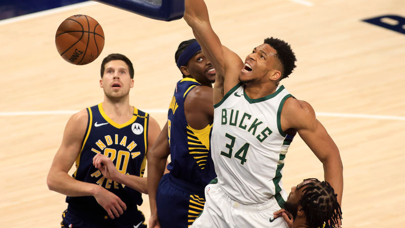Giannis dominates with 40 in Bucks win over Pacers, 76ers miss top spot chance again