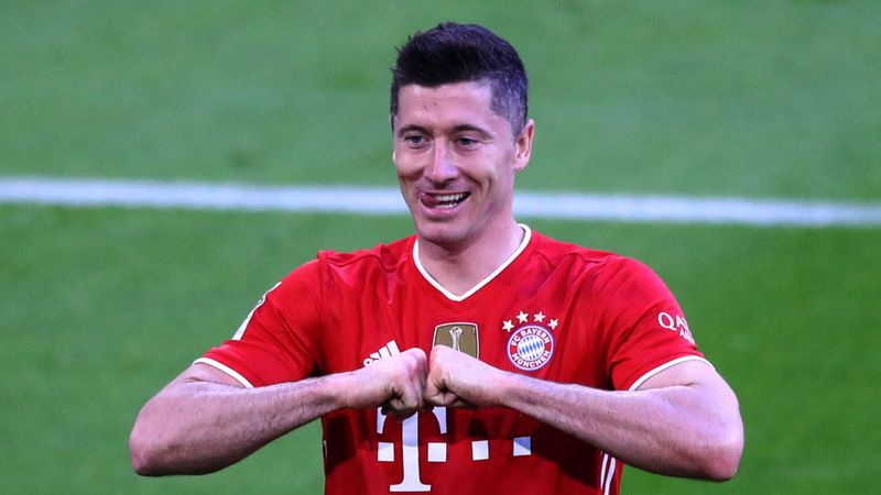 Lewandowski revels in 'once impossible' feat after matching Muller