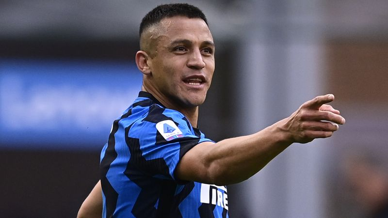 Inter 5-1 Sampdoria: Sanchez double secures club record win for Serie A champions